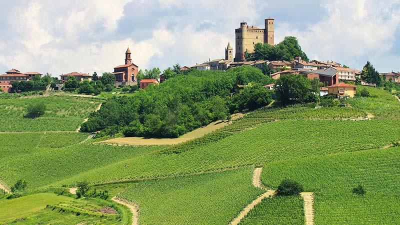 Castello di Serralunga d Alba